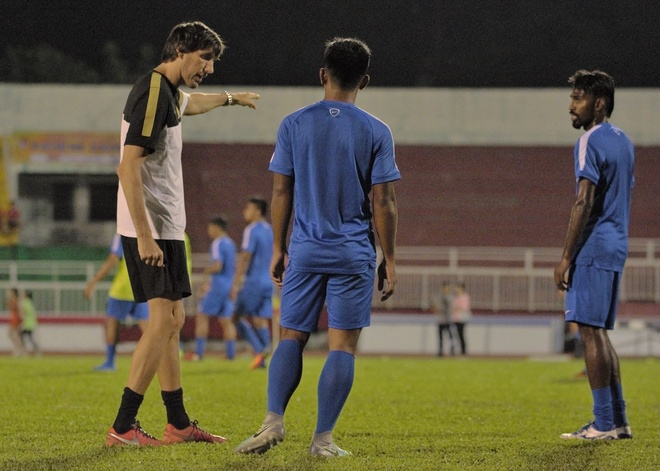 Hinh anh doi lap truoc gio G cua U23 VN va U23 Malaysia hinh anh 2