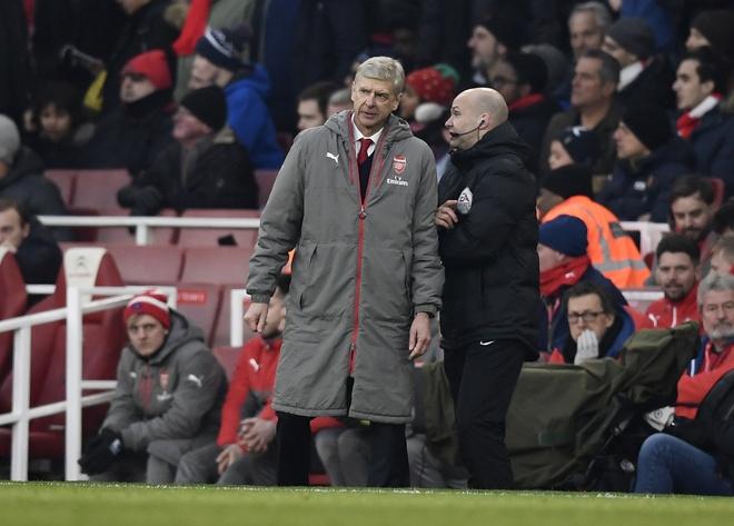 Mat thang bang, Wenger gan hoi ket o Arsenal hinh anh 1