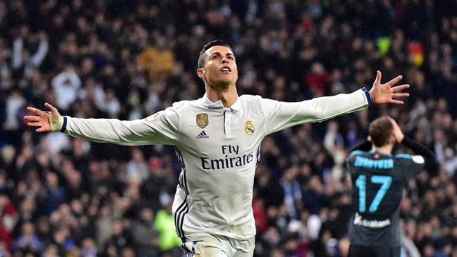 Ronaldo, hung than tai vong 1/8 Champions League hinh anh