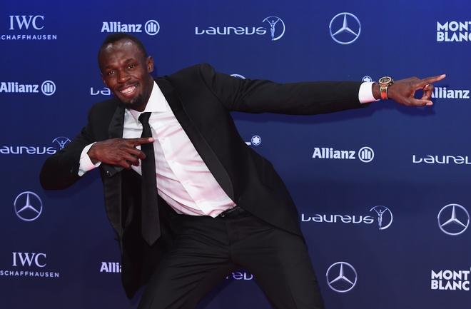 Usain Bolt qua mat Ronaldo gianh 'Oscar the thao 2017' hinh anh