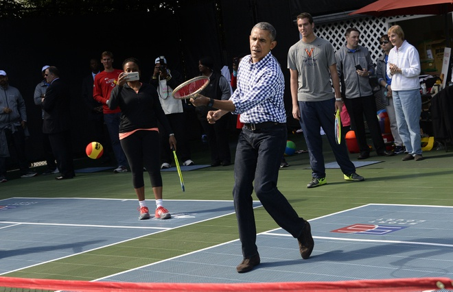 Ong Obama theo doi doi bong chot bang cua Duc hinh anh 1
