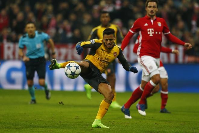 CDV Chile keu goi Alexis Sanchez roi Arsenal hinh anh 1