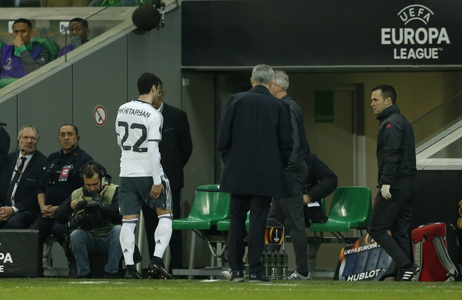 MU tra gia dat cho chien thang truoc Saint-Etienne hinh anh 2