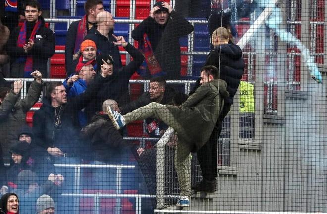 Bao luc bao phu tran CSKA Moscow va Zenit anh 2