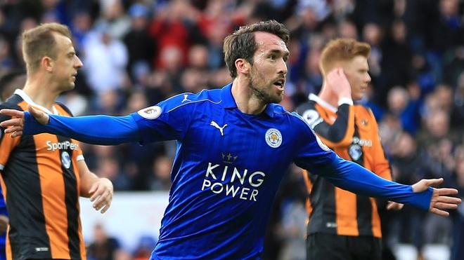 HLV Leicester: 'Vo dich Champions League, tai sao khong?' hinh anh