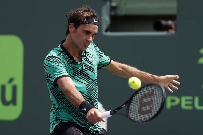 Dang sau man hoi sinh ky dieu cua Roger Federer anh 1