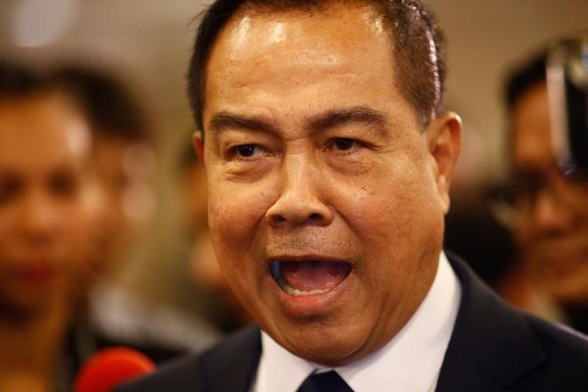 'Hon 20 ung vien tranh ghe HLV tuyen Thai Lan' hinh anh 1