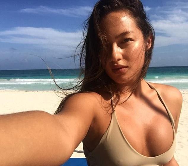 Mia Kang, vo si goi cam tren san Muay Thai hinh anh 8