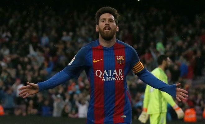 Messi ghi ban bang ca hang cong cua Real Madrid hinh anh