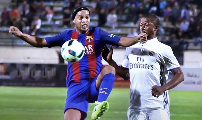 Ronaldinho kien tao ma thuat giup Barca ha Real anh 2