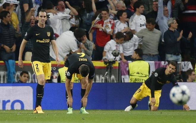 'Co Ronaldo, Atletico cung tung thang Real 4-0' hinh anh 1