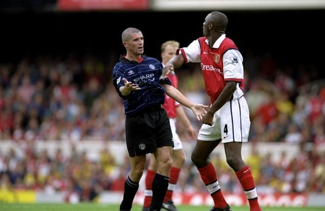 MU dung Arsenal, nho Keane va Vieira hinh anh 1