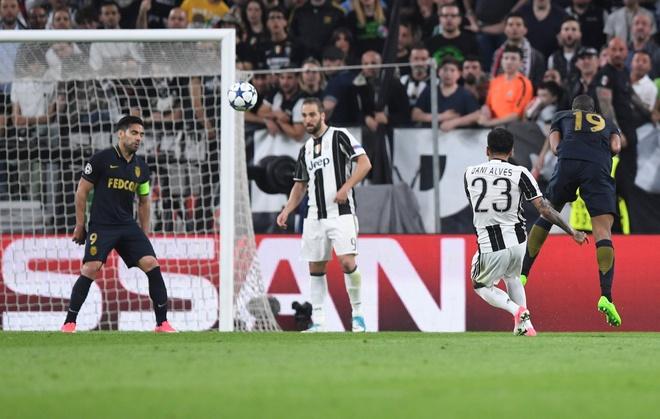 Voi Dani Alves, Juventus tim thay 'Messi 0 dong' hinh anh 2
