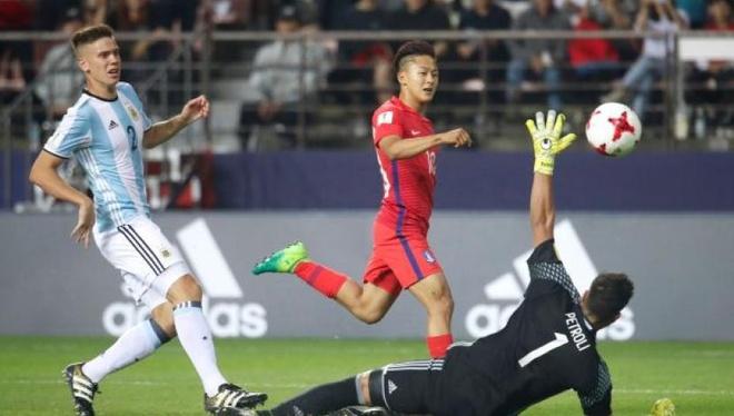 'Messi Han Quoc' kien dinh truoc cam do chau Au hinh anh 1