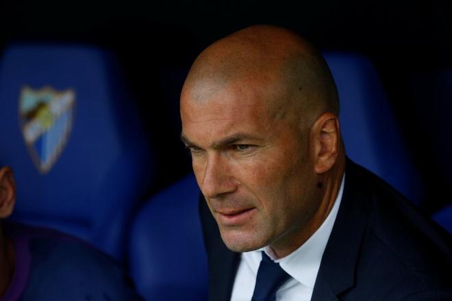 Zidane giup Ronaldo vi dai hon bang vai loi noi hinh anh 1