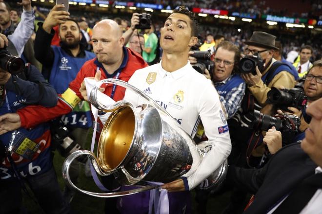 Juventus 'chet' vi phan boi triet ly truoc Real Madrid hinh anh 3