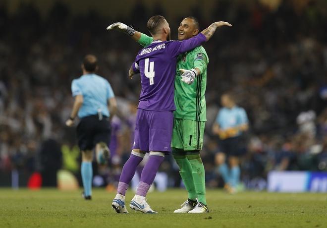 Noi bo Real Madrid gian tiep khien vu De Gea do be? hinh anh 2