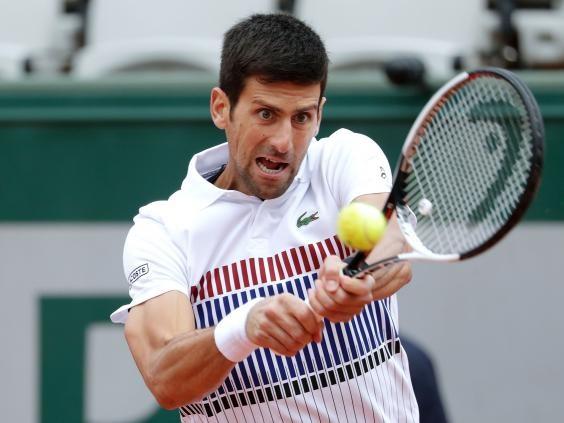 Djokovic thua trang truoc Dominic Thiem o Roland Garros 2017 hinh anh 1