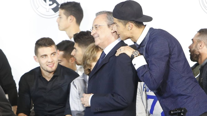 Tu 2 thang truoc, Ronaldo da quyet dinh roi Real Madrid hinh anh 1