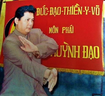 Chuong mon Huynh Tuan Kiet, 'thien tai' vo hoc gay tranh cai hinh anh