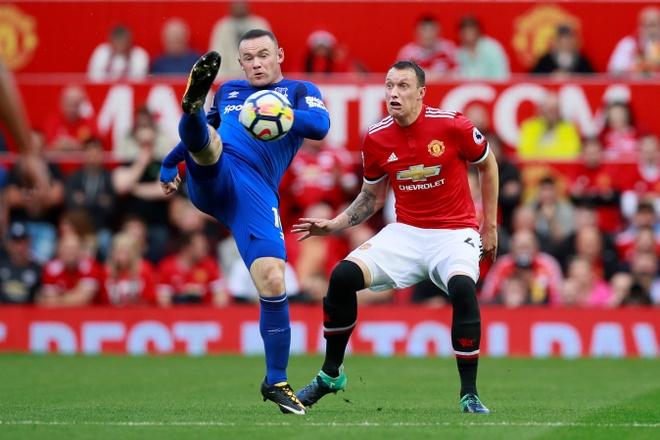 Chi Everton thua,  chu Rooney khong he that bai truoc MU anh 3