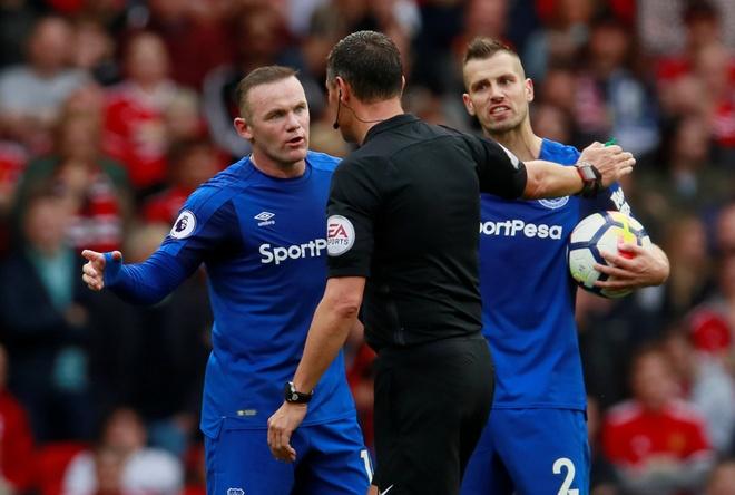 Chi Everton thua,  chu Rooney khong he that bai truoc MU anh 2
