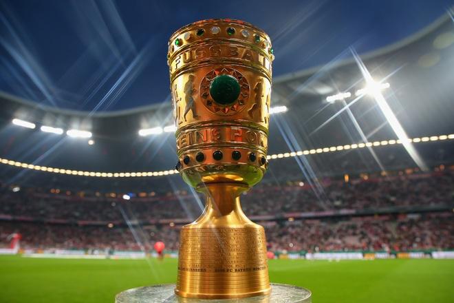 Chiem nguong cup Quoc gia Duc cung huyen thoai Dortmund hinh anh