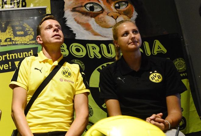 Dortmund cham toi trai tim fan Viet Nam hinh anh