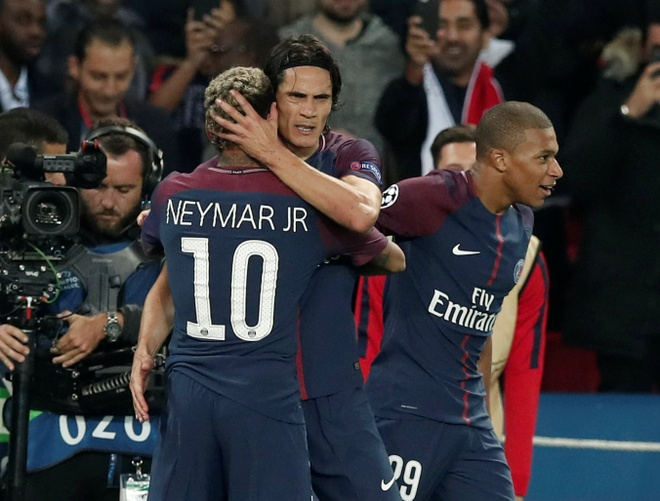 Mbappe lung linh giua vong xoay quyen luc o PSG hinh anh 2