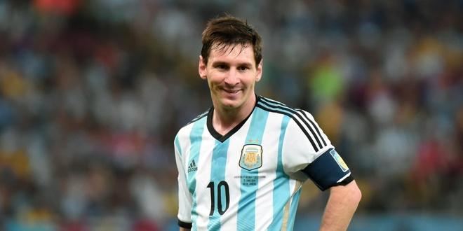 Bao Peru to FIFA 'giat day' dua Messi toi World Cup 2018 hinh anh