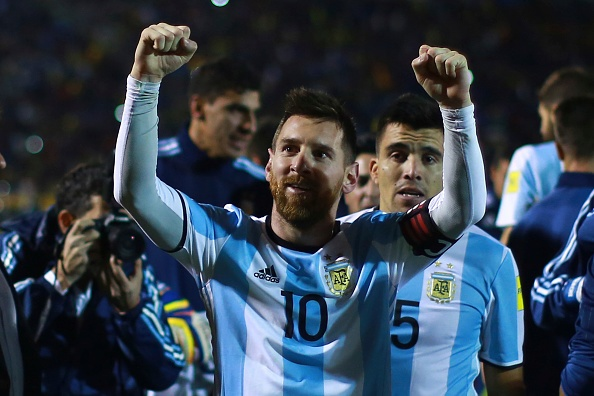 Bao Argentina doi giong, goi Messi la 'thanh' hinh anh