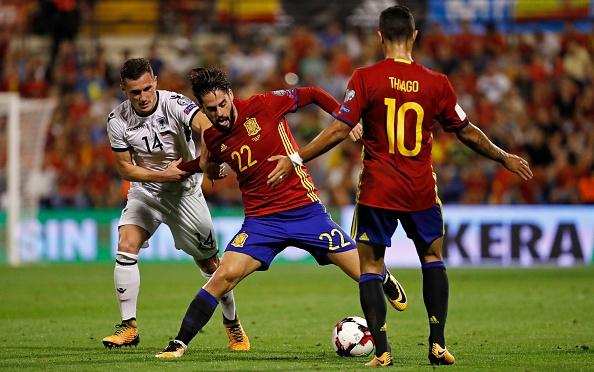 Isco va Bale, giua hai khung troi tuong phan hinh anh 1