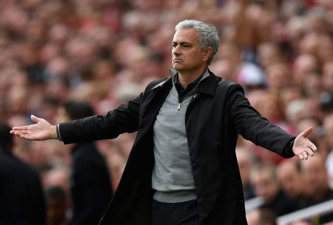 Jose Mourinho thuc dung nhung day khon ngoan hinh anh