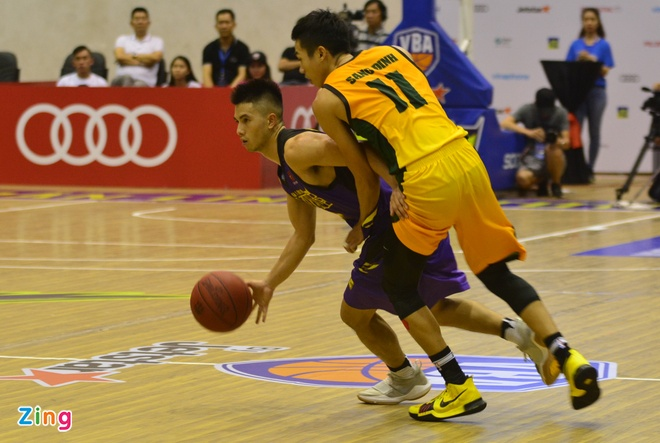 Thang lon Cantho Catfish, Hochiminh City Wings nuoi mong play-off hinh anh