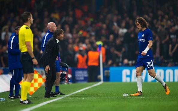 HLV Conte dung 'ban tay sat' de tri David Luiz hinh anh 3