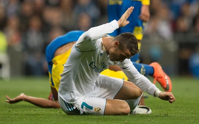 Real xuong doc: Dung do tat ca cho Ronaldo hinh anh