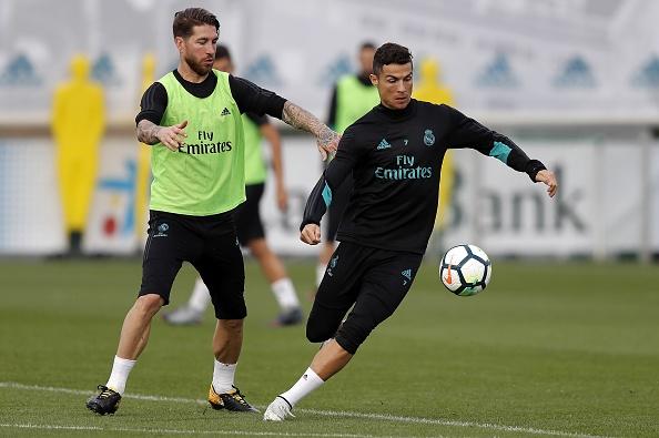 Sergio Ramos 'bat' Ronaldo, chao don Neymar hinh anh 1