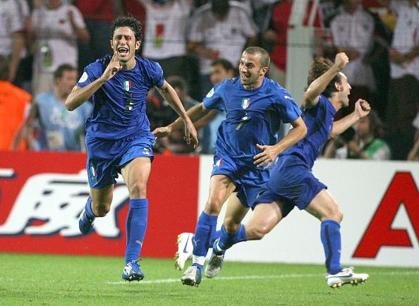 Dung than khoc cho Italy, ho xung dang nhu the hinh anh 2