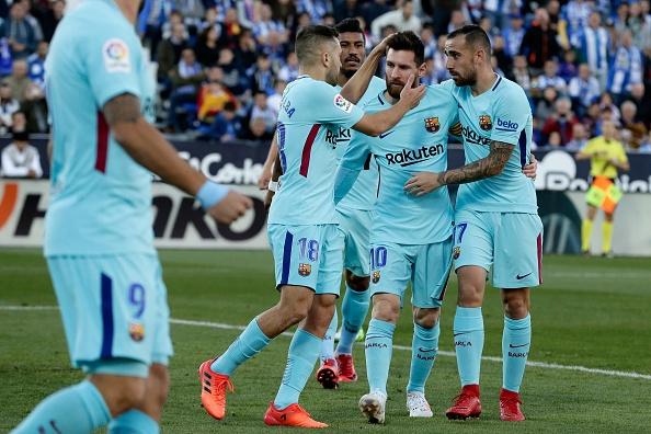 Ngay cuoi tuan,  Barca se vo dich La Liga anh 1