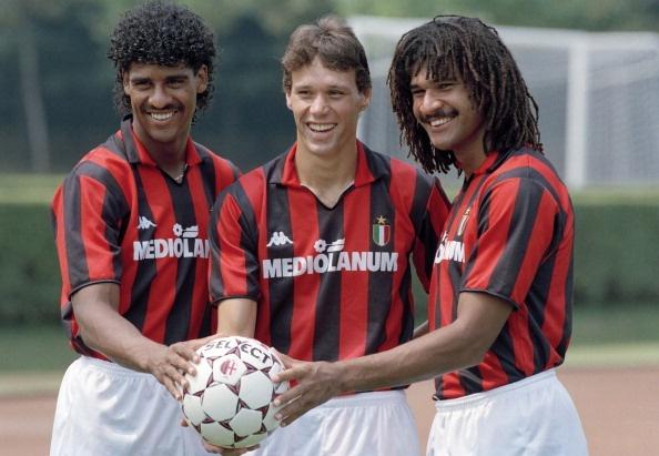 Viet cho AC Milan: Hay nho Van Basten, Kaka tung hien dien hinh anh 3