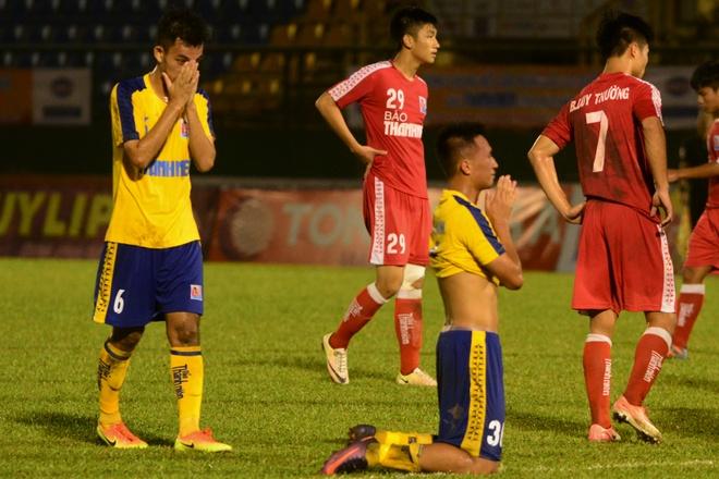Cau thu U21 Dong Thap do guc khi 'roi vang' truoc Viettel hinh anh