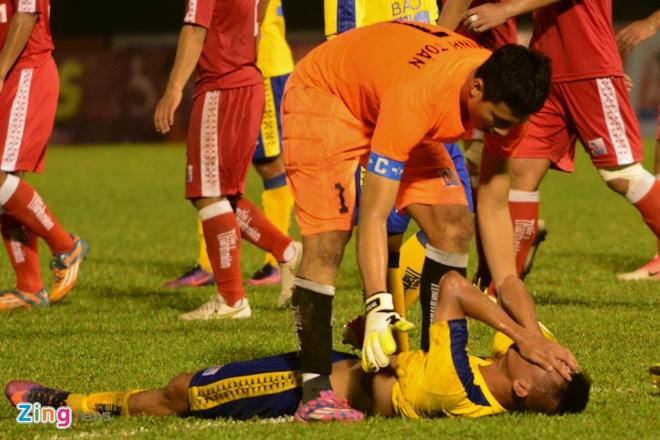 Cau thu U21 Dong Thap do guc khi 'roi vang' truoc Viettel hinh anh 2
