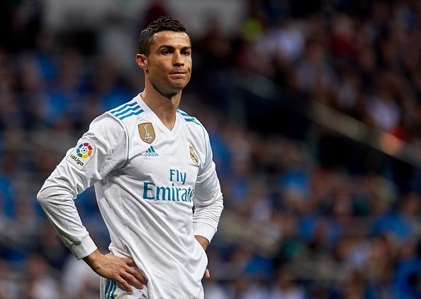Real Madrid lun sau vung lay vi mat cai gan cua ga nha giau hinh anh