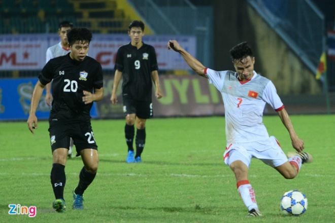Thua nguoi Thai,  cau thu U21 Viet Nam om dau trong that vong anh 6