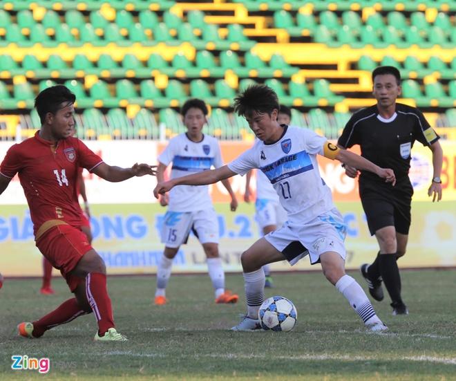 Dai dien Nhat Ban co 'ban tay nho' truoc U21 Myanmar hinh anh 1