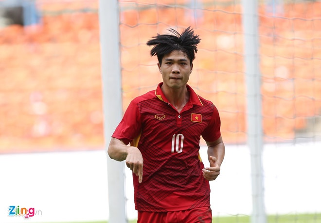 HLV U21 Yokohama: Cong Phuong xung dang tro lai Nhat Ban hinh anh 1