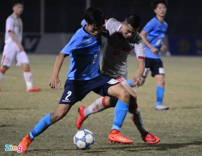 U21 Viet Nam bat luc truoc suc manh CLB Nhat Ban hinh anh 2