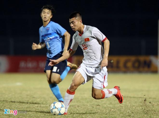U21 Viet Nam bat luc truoc suc manh CLB Nhat Ban hinh anh 6