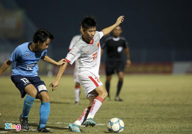 U21 Viet Nam bat luc truoc suc manh CLB Nhat Ban hinh anh 4