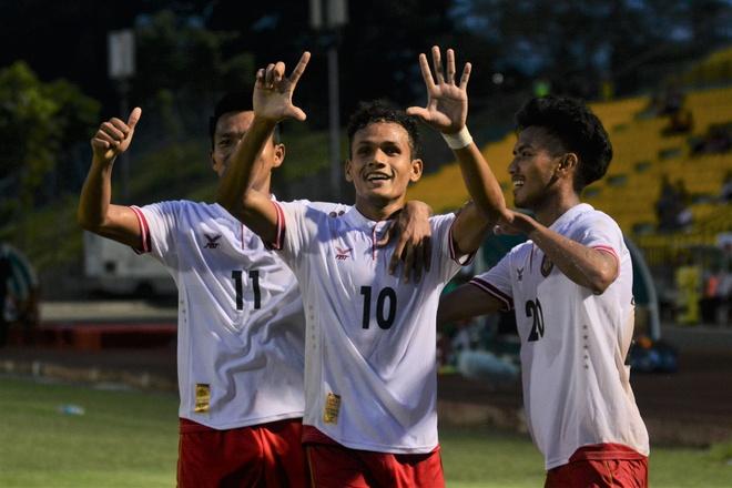 U21 Myanmar lan thu hai lien tiep quat nga Thai Lan hinh anh